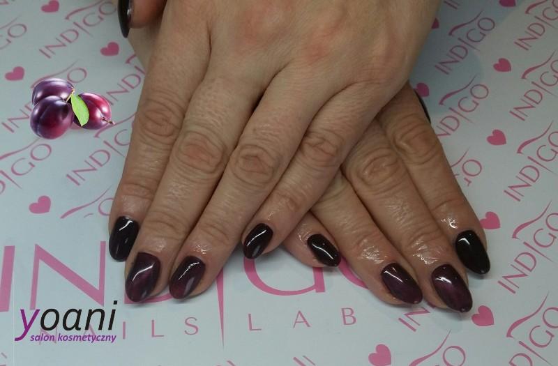 yoani-nails-plum
